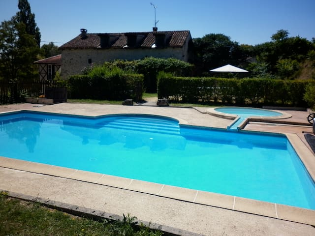 13th Century Gite with private pool - Thénac - Ev