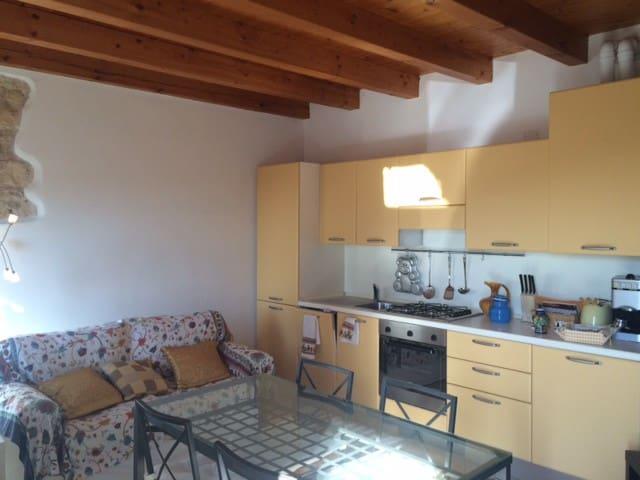 Casetta - เวโรนา - บ้าน