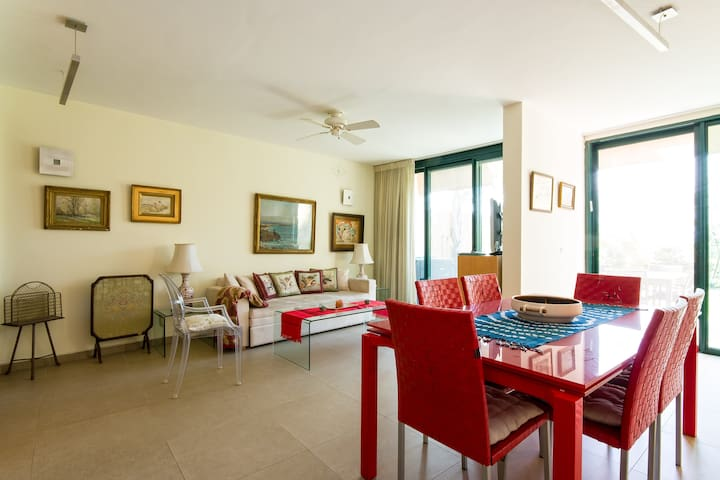 sea view ,beautiful duplex,Neotgolf - Caesarea - Apartment