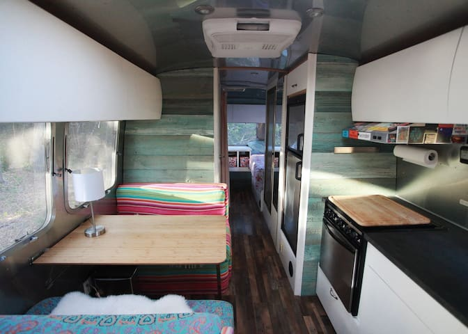 Airstream Retreat Near ✮ Cowboys ✮ Texas Live