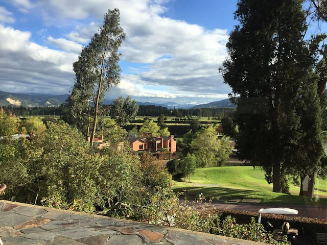 Aposentos. Golf, cerca a Bogotá. - Sopó