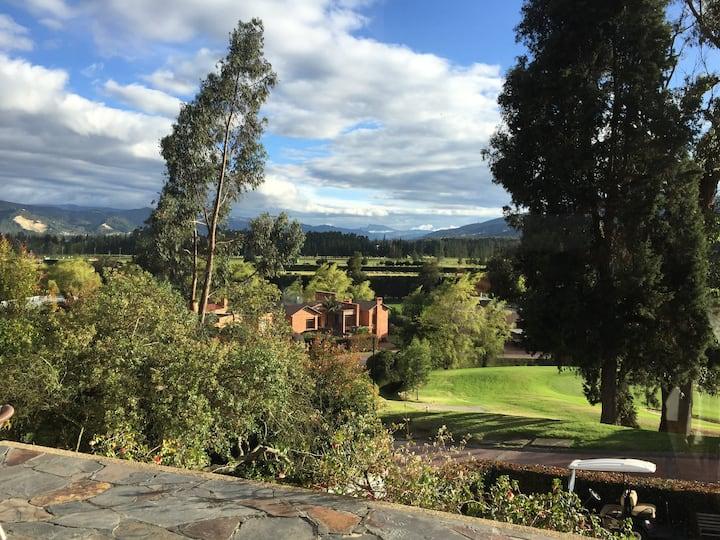 Aposentos. Golf, cerca a Bogotá.