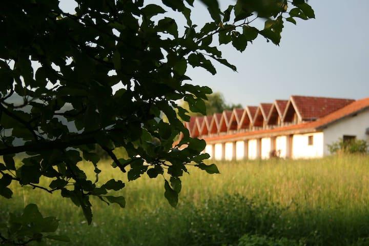 Yakovtsi Art Residence