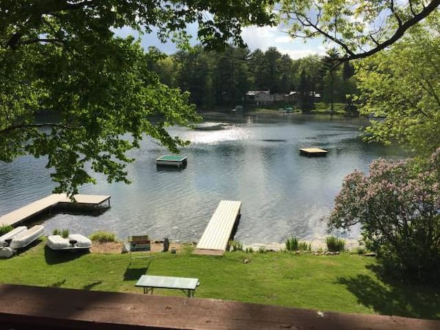 Summer Rental on the beautiful Chain O' Lakes!