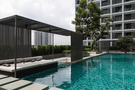 Brand new condo!! Near BTS station - Sathorn Rachapruek - Apartment
