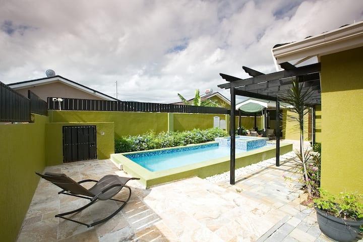 Ari Villa 2..(Prvt pool & jacuzzi)