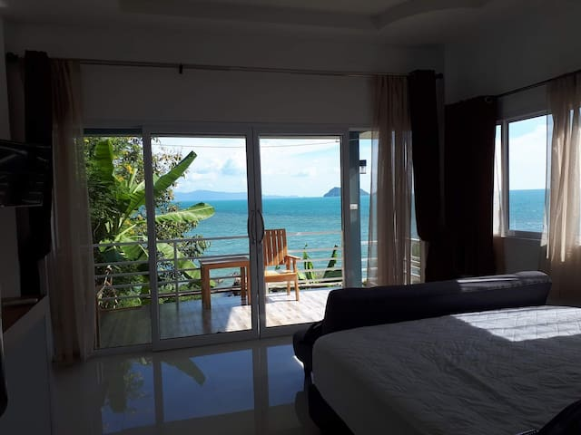 SEA VIEW ONE BR VILLA IN SRITHANU ON THE SHORE