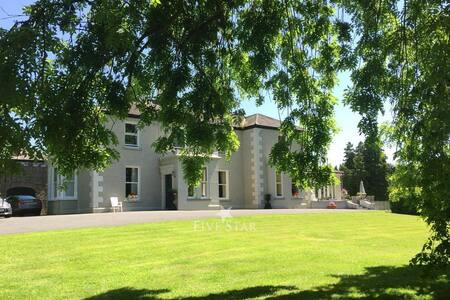 West Dublin Kildare Manor