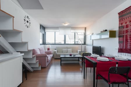 Bright duplex penthouse for 4/6 pax - Madrid - Lägenhet