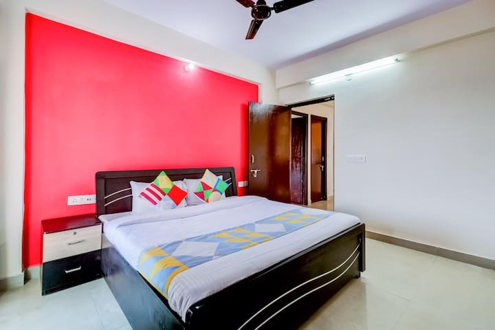 OYO - Luring 2BHK Homestay, Jaipur (Lightning Deal) ⚡