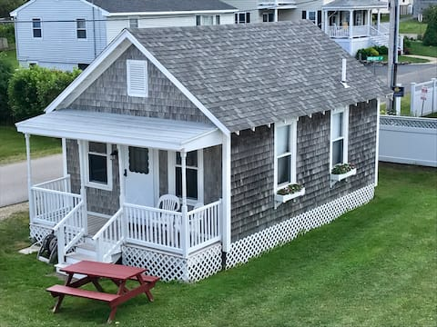 Diane Cottage - steps from Short Sands Beach!