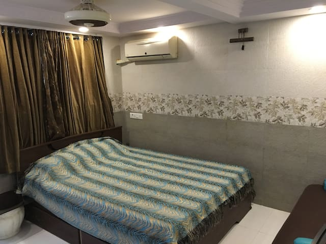 Studio Apartment for two in Bhandup west - Mumbai - Huvila