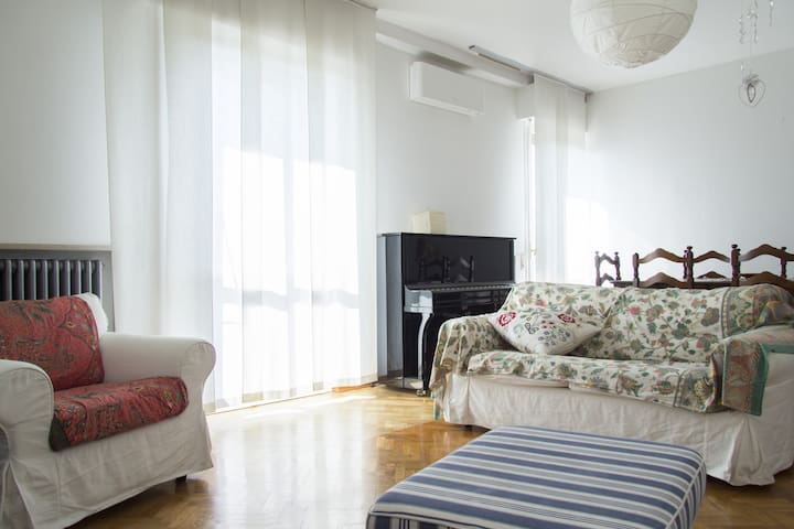 Central and comfortable - Santarcangelo - Flat