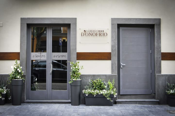 Albergo D'Onofrio. Ospitalità dal 1958.