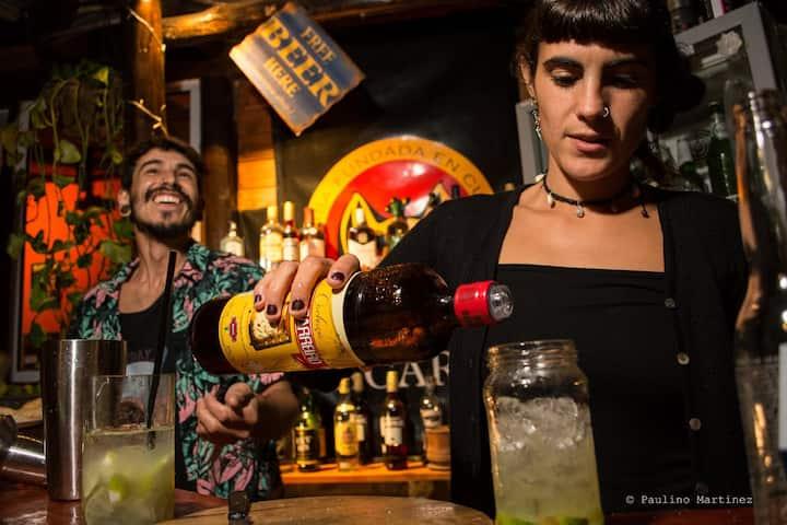 Carrusel Art&Beer Hostel /jovenes/ 8 personas