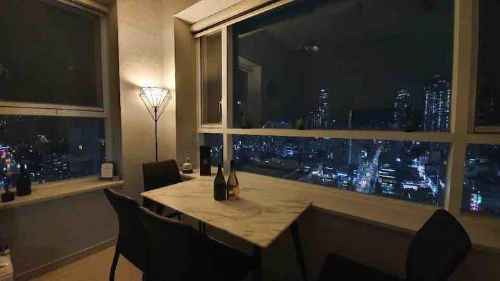 서면역 1분<2 Bedroom 1 Livingroom> COCO's Penthouse