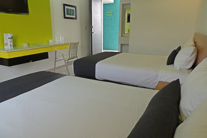 Habitación doble, colorida,tranquila y relajante.