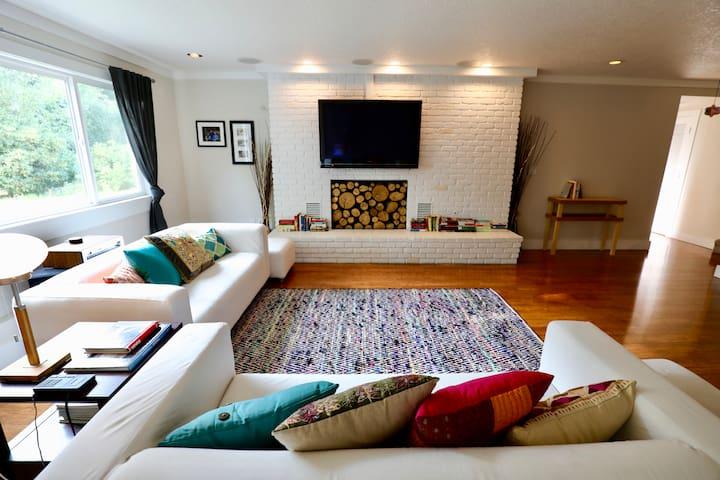 Bohemian Bliss - comfy guest home near UO, Autzen