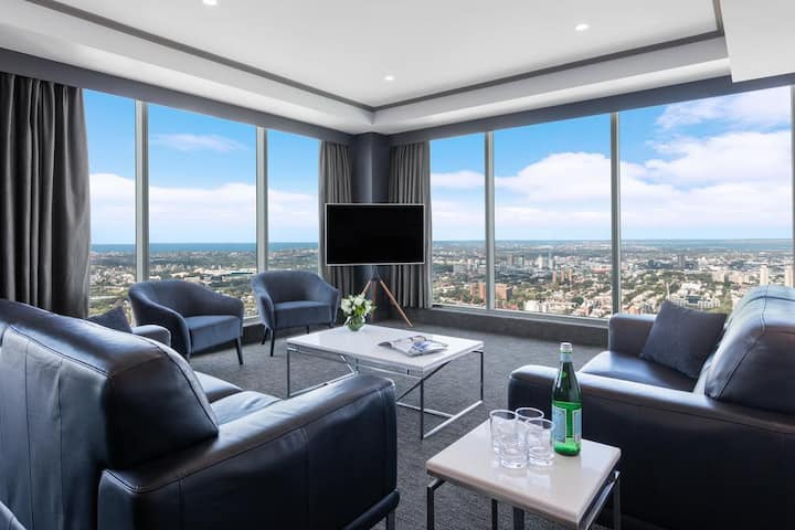 ENTIRE APARTMENT - LUXURY LIVING - SYDNEY TOWNHALL