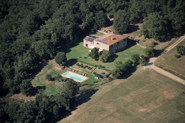 Outstanding, secluded Tuscan villa. - Lucignano - วิลล่า