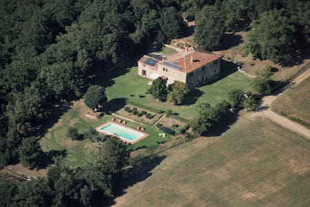 Outstanding, secluded Tuscan villa. - Lucignano