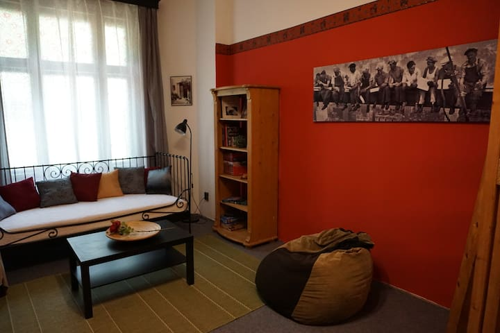 Lovely apartment close to major sights of Budapest - Budapeşte - Daire