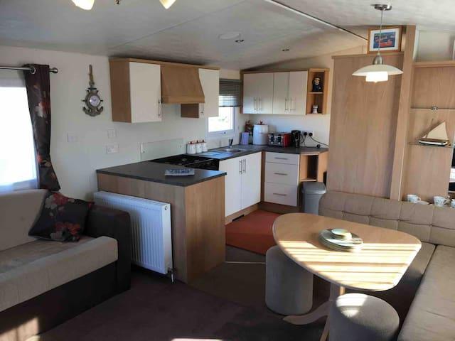Luxury modern static caravan 8 berth Sand le Mere