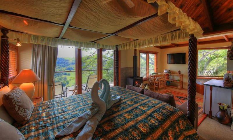 Ubud Bed and Breakfast Room