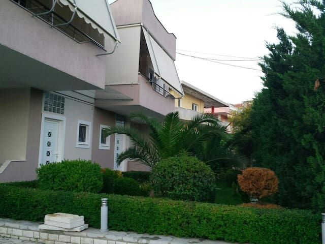Apartment #1 in Villa with garden and space - Sarandë - Haus