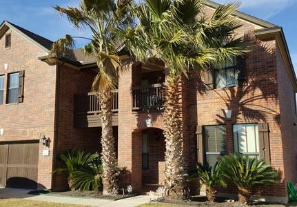 Fully furnished, large Austin home - Cedar Park