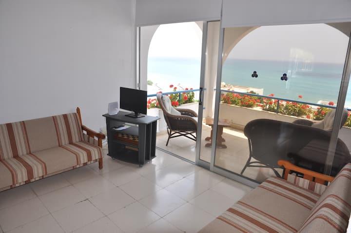 Sea view one bedroom Pissouri beach apartment