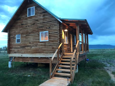St. Charles Cottage at Bear Lake (Maximum 6 guests