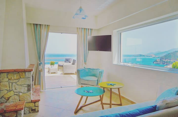 Turquoise Deluxe Sea View Suite