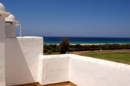 Ático con vistas al mar en Zahara de los Atunes