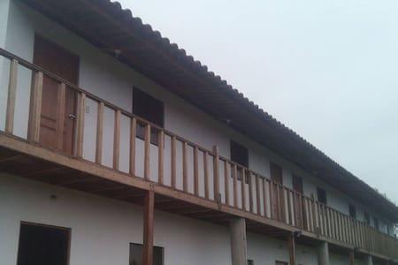 Casa de campo en Mala a 5km del Boulevar de Asia
