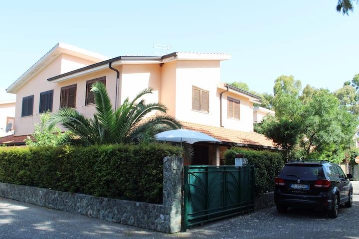 Villetta a Pizzo Residence Porto Ada