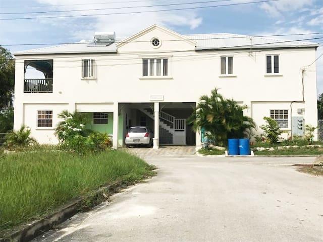 Secret Palms Apartments - Durants - Bungalow