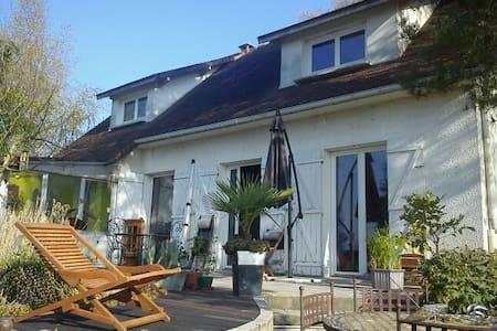 Bleau - Perthes - House