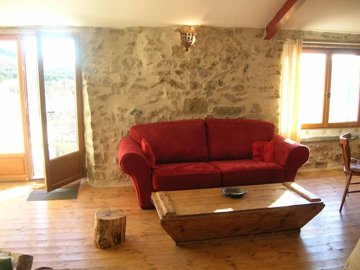 'Le Barn', beautifully restored with amazing views