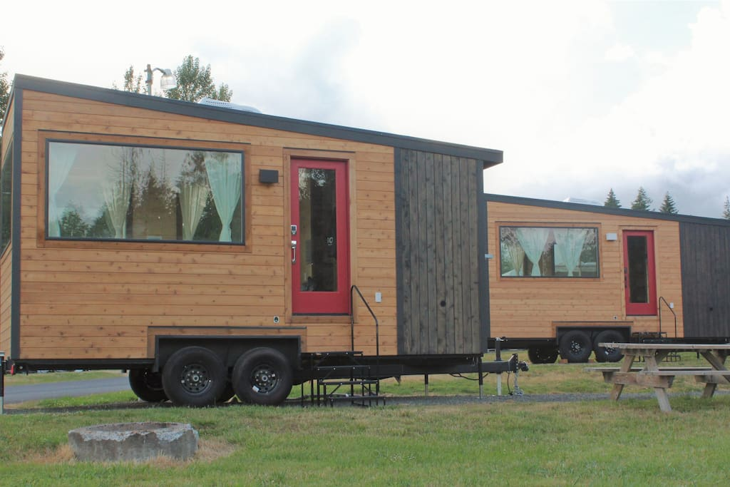 These tiny homes were built by HGTV's Tiny Heirloom