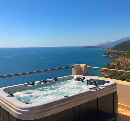 Moonstone Junior Suite with Private Hot Tub