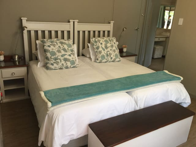Charming twin room in Potchefstroom - Potchefstroom - House