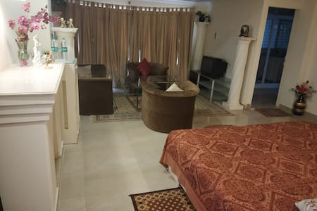 2 Luxury Seperate Rooms in MB Home Stay Villa