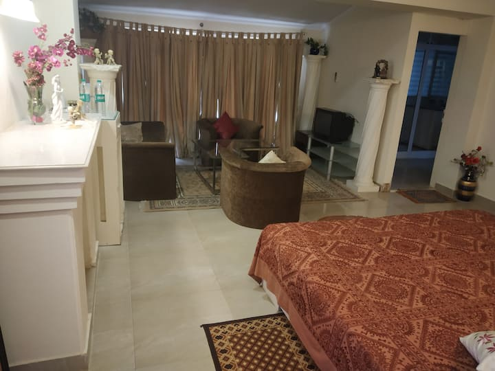 1 Luxury Seperate Room in MB Home Stay Villa