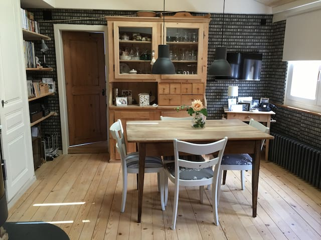 Charming 4 room apartment in winegrower's house - La Neuveville - Apartament