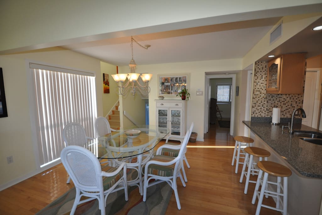 Dining room ,sits 6