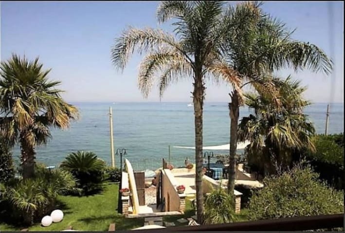 ** Exclusive Luxurius House on the Beach** - Trabia - Villa