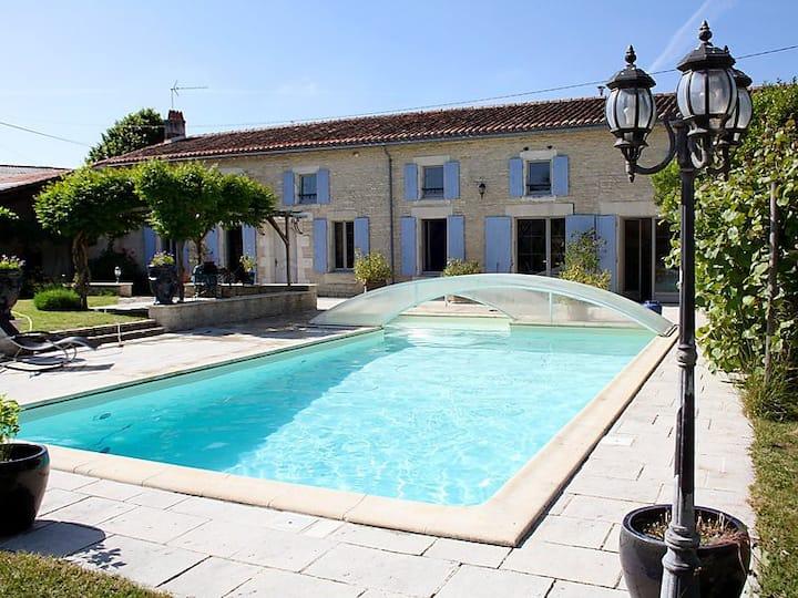 """Maison de vacances """"La Cagouille_17"""" - 9 pers"""