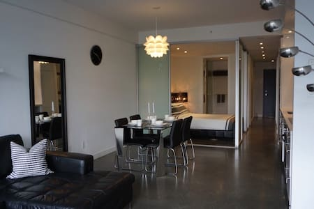 NEW!Modern 1BR+Den Loft w/Patio in Olympic Village - Vancouver