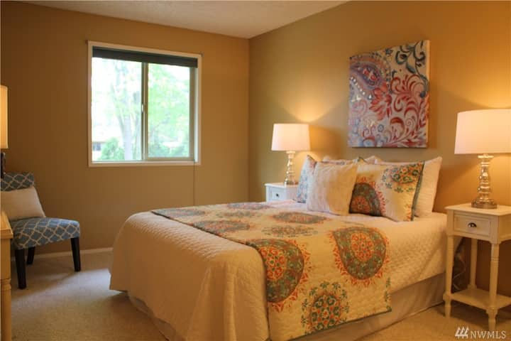Comfortable and Private stay in Kirkland